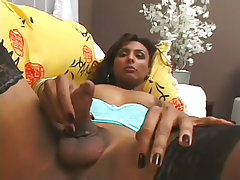 Tranny yasmin fills a white ass up with hard shemeat